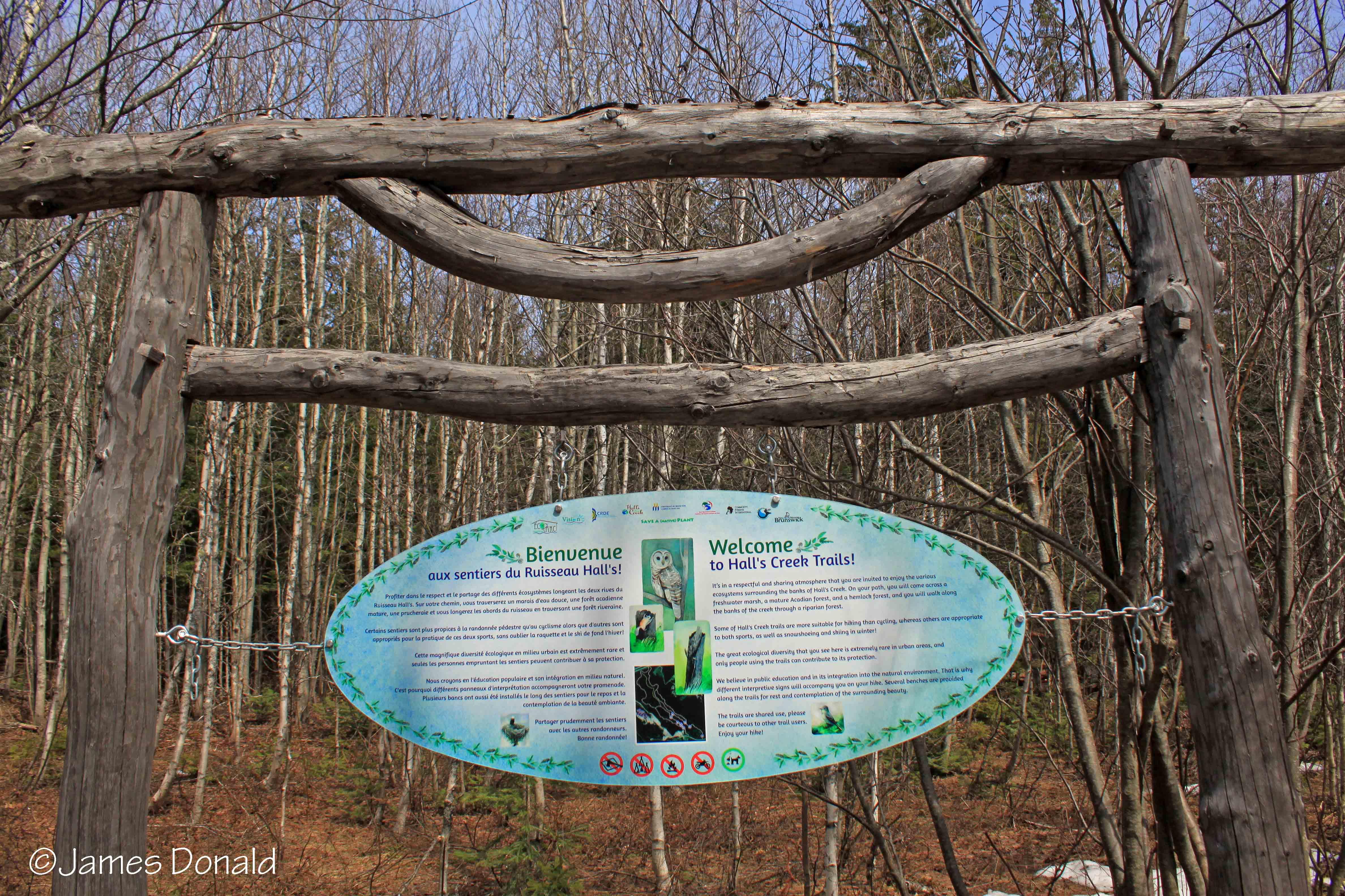 Hall's Creek Sign